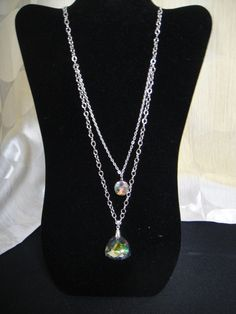 """Silver chain necklace with double chain and iridescent stone pendant.  Super cute with almost any outfit! 15"""" in total length"""