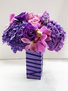 in a lower vase Low Centerpieces, Centerpiece Decorations, Centrepieces, Beautiful Flower Arrangements, Floral Arrangements, Purple Wedding Flowers, Beautiful Flowers, My Flower, Flower Vases