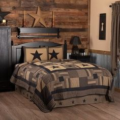 Deck out your bed in primitive, country class with the Black Check Star California King Quilt Set including 1 Quilt and 2 Shams This country style quilt set. Primitive Country Bedrooms, Primitive Bedding, Country Girl Bedroom, Texas Bedroom, Americana Bedroom, Western Bedrooms, Rustic Bedrooms, Primitive Homes, Primitive Antiques