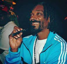 Snoop Dogg, vape, vaping, vapor, vaporizer, ecig