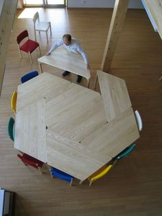 Clever table design for classroom Modular Table, Modular Furniture, Table Furniture, Kids Furniture, Furniture Design, Kindergarten Design, Interior Architecture, Interior Design, Table Design