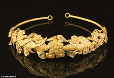2,300-year-old Ancient Greek gold crown
