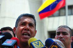 ¡SOLTÓ LA SOPA! Henri Falcón revela detalles del diálogo entre Gobierno y oposición - http://www.notiexpresscolor.com/2016/11/06/solto-la-sopa-henri-falcon-revela-detalles-del-dialogo-entre-gobierno-y-oposicion/