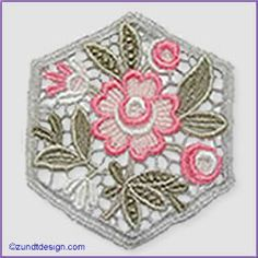 Lace Quilt: Zundt Design, Ltd.