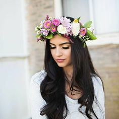 17 Chic Flower Headband Hairstyles Bouquets For Elegant Brides 125 Gorgeous Wedding Hairstyles With Flower Headband Hairstyles, Black Hair Updo Hairstyles, Black Wedding Hairstyles, Crown Hairstyles, Bridal Hairstyle, Hairstyle Ideas, Bridal Flowers, Flowers In Hair, Flower Crown Wedding