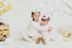 Sesión de fotos de niños y familias de navidad en estudio en barcelona, La navidad llegó a 274km, navidad, fotografia, sesión de fotos navidad, fotos navideñas, decorado navideño, nadal, christmas, el secreto de julieta, mascotas, perro, gos, dog