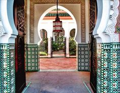 20 places from around the globe guaranteed to give you serious wanderlust: Marrakech, Morocco