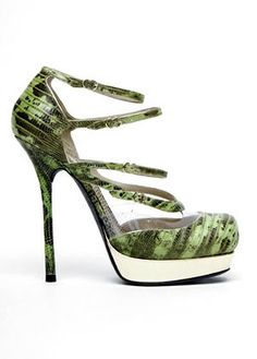 John Galliano in jungle print!!