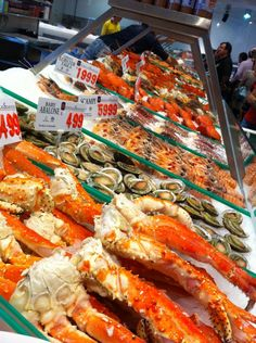 Sydney's Fish Market is one of my favorite seafood markets. It's the third largest seafood market in terms of variety in the world, trading over 14,500 tons of seafood annually. Grab a bite at one of the resident restaurants or book a class at the renowned cooking school and learn how to prepare exotic species. #Sydney