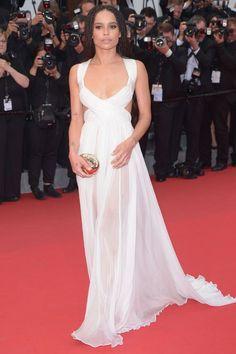 Zoë Kravitz en Valentino haute couture http://www.vogue.fr/mode/look-du-jour/articles/zo-kravitz-en-valentino-haute-couture/25824
