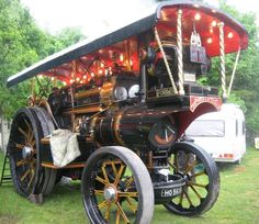 A lovely Showmans Engine :)