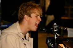 Young tom odell performing with tom and the tides