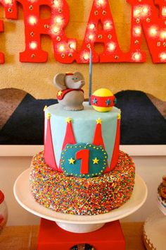 Vintage Circus Party cake