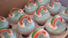 My LIttle Pony - Rainbow Dash Cupcakes Rainbow Dash Party, Rainbow Dash Birthday, Rainbow Theme, My Little Pony Party, My Little Pony Cupcakes, Cousin Birthday, Birthday Ideas, Christmas Cupcakes Decoration, Cupcake Birthday Cake