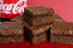 Paula Deen's Chocolate Coca-Cola Cake Must try:) Sweet Recipes, Cake Recipes, Dessert Recipes, Desserts, Dessert Ideas, Chocolate Coca Cola Cake, Citrus Cake, Quick Cake, Lemon Squares