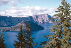 best time to visit crater lake  when to visit crater lake  best time of year to visit crater lake  best time to visit crater lake national park  when is the best time to visit crater lake  best time to visit crater lake oregon  best time of day to visit crater lake  when is a good time to visit crater lake