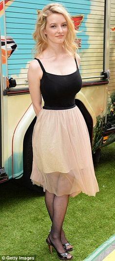 Dakota Blue Richards wore a black camisole leotard top with a Zara tulle skirt Dakota Blue Richards, Young Actresses, British Actresses, 1920s Fashion Women, Leotard Tops, Classic Girl, Hollywood Celebrities, Beautiful Actresses, Playing Dress Up