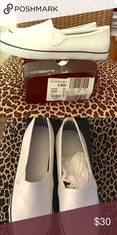 Canvas shoes Liz Claiborne size 8 new in box Liz Claiborne Shoes Flats & Loafers