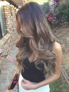 Today most popular Balayage Ombre hair colors - Best Hairstyles Natural Wavy Hair, Long Wavy Hair, Love Hair, Gorgeous Hair, Balayage Ombré, Tape In Hair Extensions, Light Hair, Pretty Hairstyles, Amazing Hairstyles