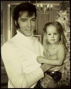 Elvis y Lisa Marie en Graceland  (Navidad)