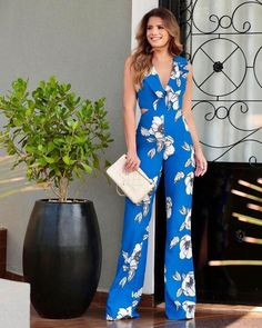 Stylish and Comfortable Pants Dresses Casual Wear, Casual Outfits, Fashion Outfits, Womens Fashion, Summer Wedding Outfits, Summer Outfits, Outfit Elegantes, Romper With Skirt, Jumpsuit Outfit