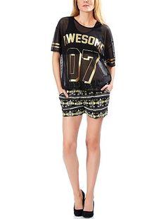 Pantaloncini corti, fluidi e comodi. Esistono in nero e bianco e in giallo, nero e bianco.   Costo : 14,99€ #KIABI