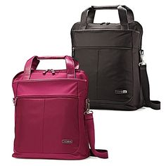 As the name suggests, the sleek MIGHTlight Vertical Shopper Bag by Samsonite is a highly durable yet lightweight bag. It achieves this without sacrificing style or luxury, and it makes an ideal travel companion.