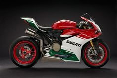2018, DUCATI, 1299 Panigale R, Final Edition, combining elements of the 1299 Panigale, the Panigale R and the 1299 Superleggera.