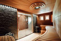 Bathroom shower luxury spas ideas for 2019 Bathroom Shelf Decor, Bathtub Decor, Blue Bathroom Paint, Bathroom Colors, Spa Interior, Beach Wall Decor, Modern Loft, Chic Bathrooms, Luxury Spa