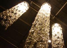 Luminárias feitas com garrafas pets