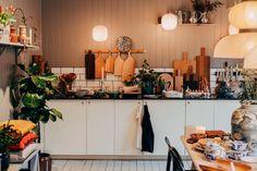 www.sebastians.se – Blogg Decoration Inspiration, Room Inspiration, Kitchen Interior, Kitchen Decor, Home Bedroom, Bedrooms, Flat Plan, Kitchen Storage Solutions, Bohemian House