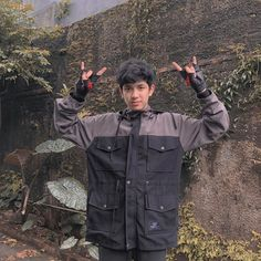 Cute Boys Images, Boys Wallpaper, Cute Teenage Boys, Boyfriend Quotes, Sehun, Military Jacket, Chef Jackets, Raincoat, Handsome