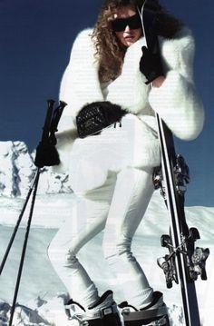 THat was when shoulder pads were in  #fashion #skifashion #helmethugger