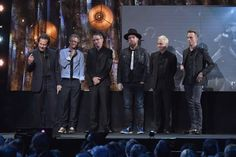 Pearl Jam Inducted Into Rock and Roll Hall of Fame