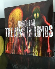 """Radiohead """" The King of Limbs""""  Thank you @char_el_mac for this thoughtful gift.  The album is killer!  #180gram #vinyl #vinylporn #recordcollector #projectdebutcarbon #dj #spinning #nowplaying #instavinyl #nowspinning #rocknroll #electronica #radiohead #thekingoflimbs #okcomputer by spinalcrap"""