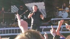 Bruce Springsteen and the E Street Band, Waiting on a Sunny Day, Live @ Glasgow! - YouTube