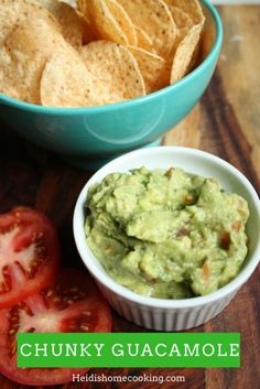 This chunky guacamole recipe tastes just like it is from a restaurant! It is an easy homemade dip perfecr for appetizers at a party, a healthy topping to a salad, or spread on a sandwich. I like it best alongside chips and salsa on taco night. Chunky Guacamole Recipe, Best Guacamole Recipe, Homemade Guacamole, Avocado Recipes, Fun Easy Recipes, Easy Meals, Healthy Recipes, Good Food, Yummy Food