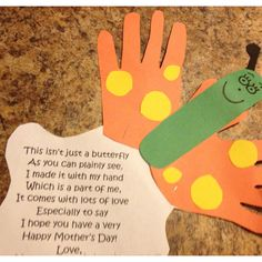 Classroom Projects: easy Mother's Day craft/project for the little ones! Have older kids write out the poem or create their own... Type it up for the younger ones!