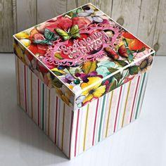 Duże pudełko (exploding box) - na urodziny, imieniny Decorative Boxes, Home Decor, Decoration Home, Room Decor, Home Interior Design, Decorative Storage Boxes, Home Decoration, Interior Design
