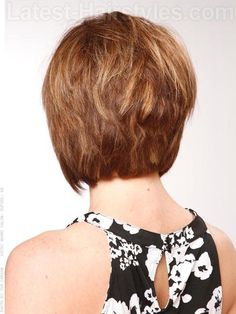 Piecey Stacked Short Haircut Back View aka back of Lauren