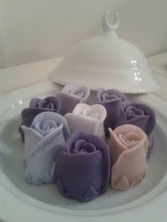 mor ve lila gül sabun tabağı.
