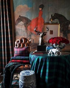 WEBSTA @blueandwhitehome I love tartan, especially this time of year. @scotmeachamwood decorates with it so beautifully as seen in this vignette. Tartan looks fantastic with blue and white, Persian rugs, and other different plaids and prints. It is classic and festive! More tartan inspiration on the blog today.