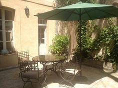 VRBO.com #450702 - Charming Apartment in the Historic Part of Avignon