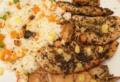 Zöldfűszeres holland sajtos csirkemell recept képpel. Hozzávalók és az elkészítés részletes leírása. A zöldfűszeres holland sajtos csirkemell elkészítési ideje: 45 perc