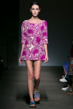 A look from the Tracy Reese Spring 2015 RTW collection.