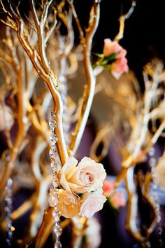 Gold branches with crystals and flowers #diywedding #gold #blacktie #goldwedding #centerpiece