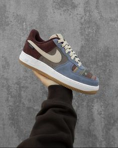 Aesthetic Shoes, Shoe Game, Shoe Brands, Nike Air Force, Me Too Shoes, Kicks, Walking, Sneakers Nike, Footwear