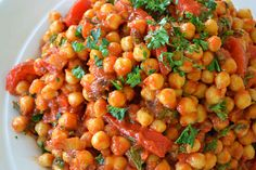 Meatless Mondays: Moroccan Chickpeas With Roasted Peppers, Parsley & Mint
