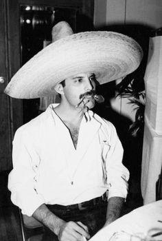 Freddie Mercury Pretty, pretty, pretty
