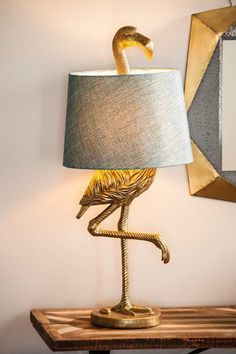 "Bay Isle Home Fairlee Flamingo ""Bordslampa och recensioner Tall Table Lamps, Lamp Table, Bedside Table Lamps, Luminaire Design, Unique Lamps, Unique Lighting, Bedroom Lamps, Desk Lamp, Interior Design"